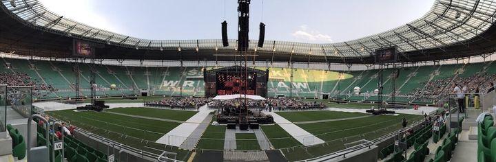 Panorama wewnątrz stadionu we Wrocławiu