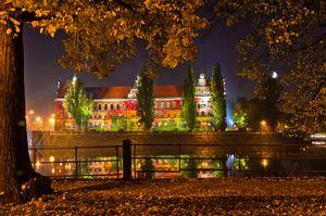 Muzeum Narodowe we Wrocławiu - widok od strony Odry