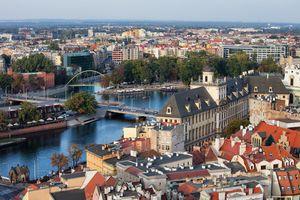 Wyspa Słodowa we Wrocławiu - widok z lotu ptaka
