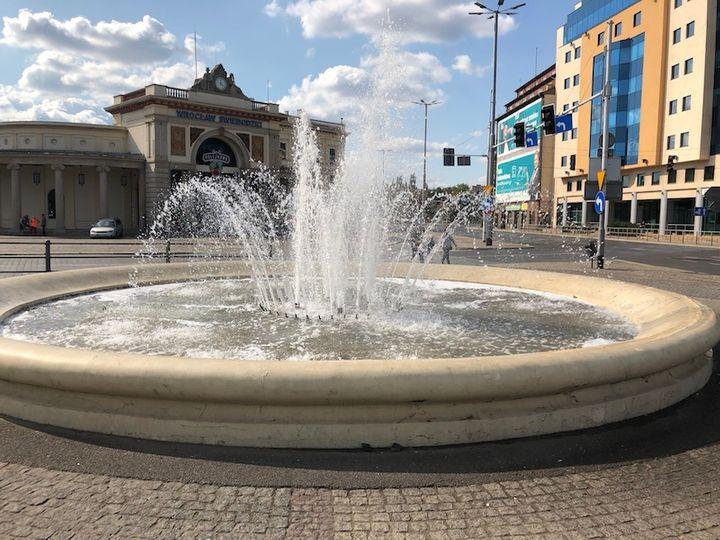 Fontanna koło Dworca Świebodzkiego we Wrocławiu