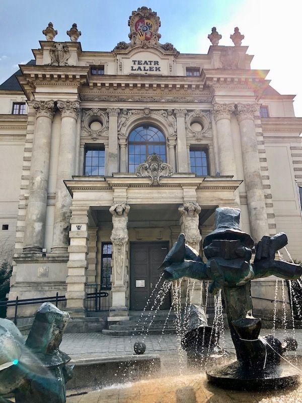Teatr Lalek we Wrocławiu od frontu